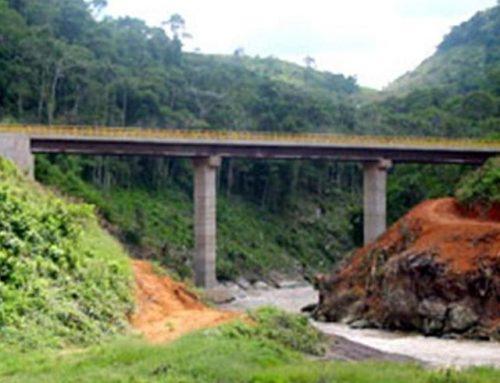 Ponte sobre o Rio Peixe Torrões