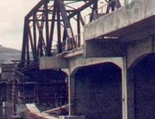 Ponte Sobre o Rio Doce