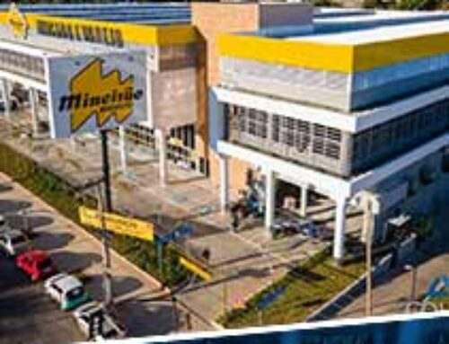 Collem – Fotos aéreas do Centro Comercial no Castelo